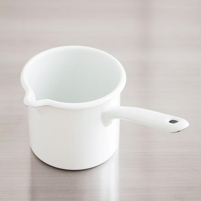 リースのミルクポット