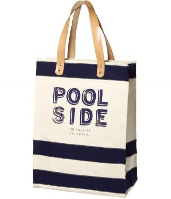 ボーダーバッグで夏気分を先取り! ボーダーが今年っぽいロゴバッグは、『RITA JEANS TOKYO』から。まさにプールサイドにピッタリ! W32×H43×マチ15㎝¥19,950(リタ ジーンズ トウキョウ/GOODOFFICE☎03・3485・7877)
