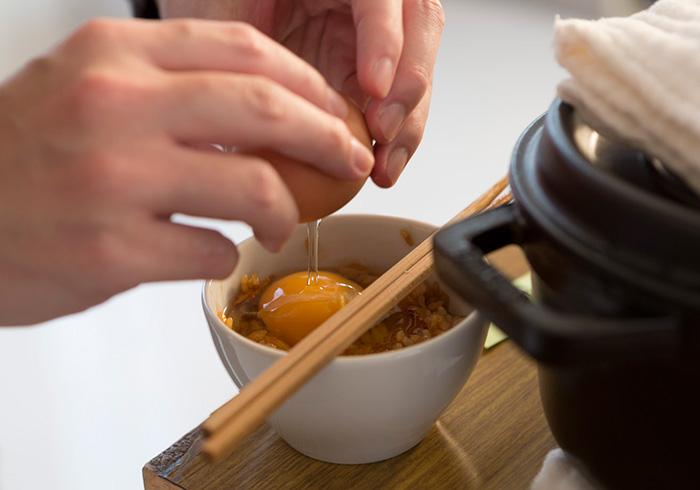 杉村さんの作法は、先にごはんと醤油をしっかり混ぜ合わせたところに卵を落とす。このスタイル、好評でした。