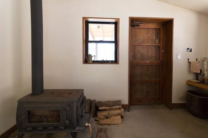 陶芸家の理想の家タバコの葉の乾燥小屋を 住まいにリノベーション。