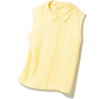 フレンチガール気分の衿付きブラウス。 イエローのギンガムチェックにノスタルジックなムード漂うブラウス。ジャストな丈感なので、スカートにタックインしてもパンツに合わせても、ガーリーにキマる。¥13,000(ジル スチュアート☎03・6748・0502)