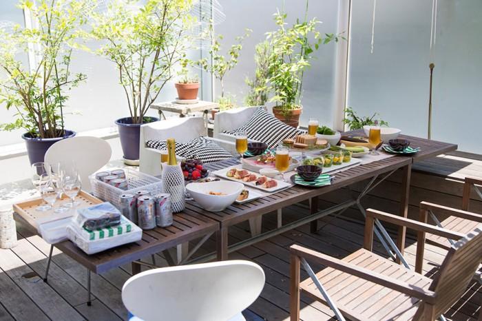 無農薬の屋上菜園で作る採れたての野菜のおいしさを満喫。