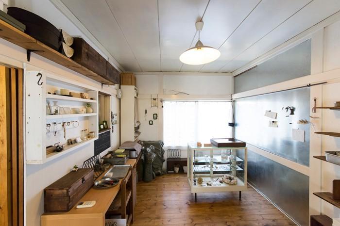 古道具ありきのカフェ風空間 造り上げることが悦び創作を楽しむ家。