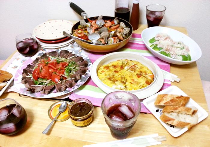 先日友達の家で持ち寄りごはん会を開催しました。手作りはやっぱりやさしい味がするし、食べたいものを食べられるのが何よりいいですよね。