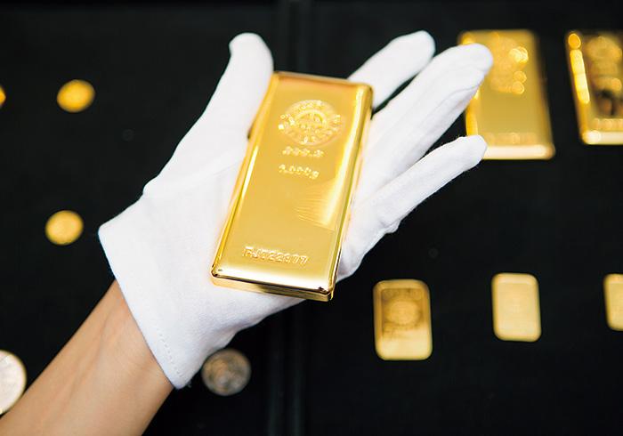 金1㎏は見た目よりずっしり!