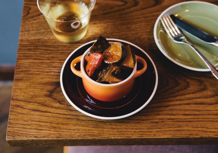 椎茸入りラタトゥイユ¥900 これは冷たい方がおいしい。合わせるワインはアルザスの白で!