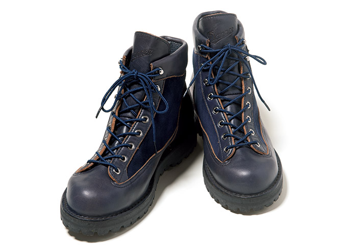 丹精込めて作られたブーツは履き込むごとに足に馴染む。