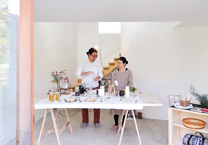 アート感覚漂う家で カフェを開く