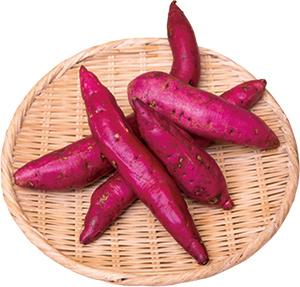 """川越名産""""サツマイモ""""を原料に用いた""""紅赤""""は、香ばしい甘みが特長。"""