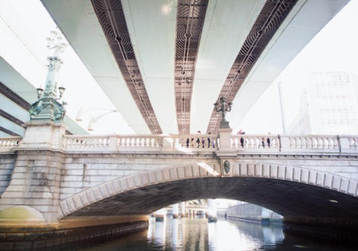 日本橋を下から見る!