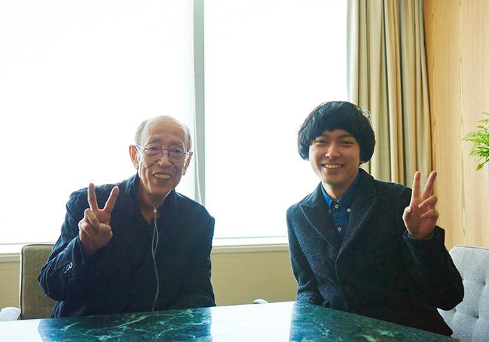 昨年11月に体調を崩し、現在も入院生活中の蜷川さんは、対談のために病院から車いすで来てくださいました。一昨年に藤田さんと出会ったとき「あぁ、ずっと観察して待っていたら、会えるもんなんだなと思った」という蜷川さん。やっと会えたね、ですよ。