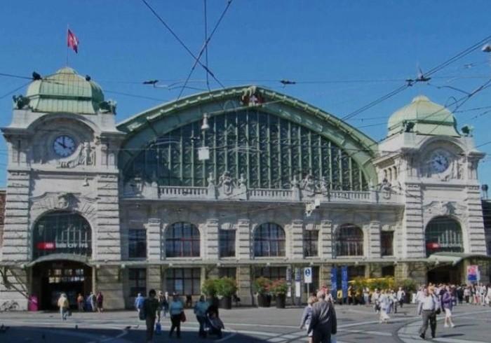 スイス・アート紀行 たぶん世界最古のアート蒐集地のひとつ、バーゼル。