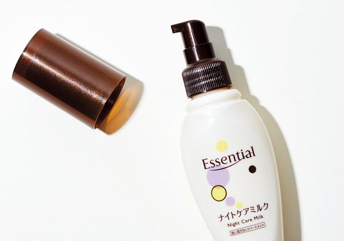 エッセンシャル ナイトケアミルク 100㎖ オープン価格(花王☎0120・165・692)