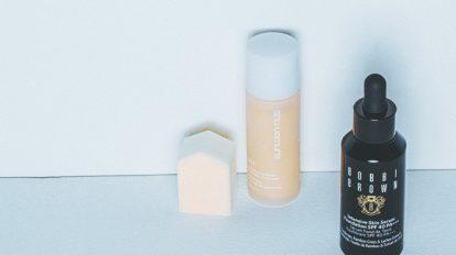 & Beauty  キレイの理屈  No.20バラの幹細胞が配合されたクリームと、夏枯れしない肌に仕立てるファンデーション2品をご紹介。