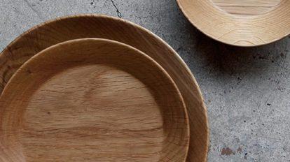木目が生み出す 美しいカタチのウッドプレート