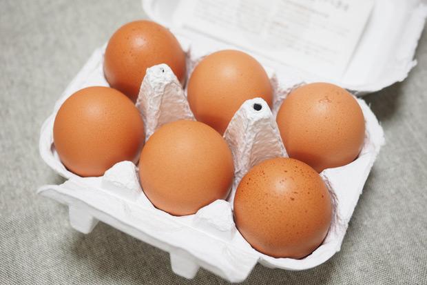 卵からゆずの香り! 塩でいただく卵かけご飯が美味しい 「ゆずたま」