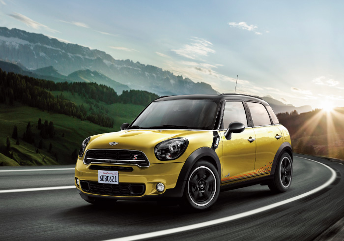 BMW「MINI Crossover Sunlight」