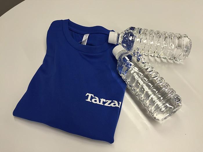 ヨガ体験に持参したのはウェア(Tシャツ+パンツ)と水1Lのみ。この手軽さも魅力です。