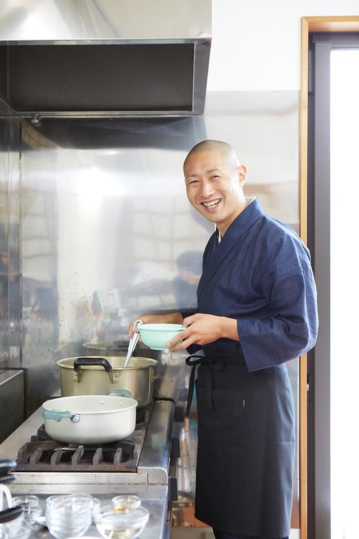 河口さんの料理教室「味来食堂」については全国曹洞宗青年会HP(http://www.sousei.gr.jp)を参照のこと。