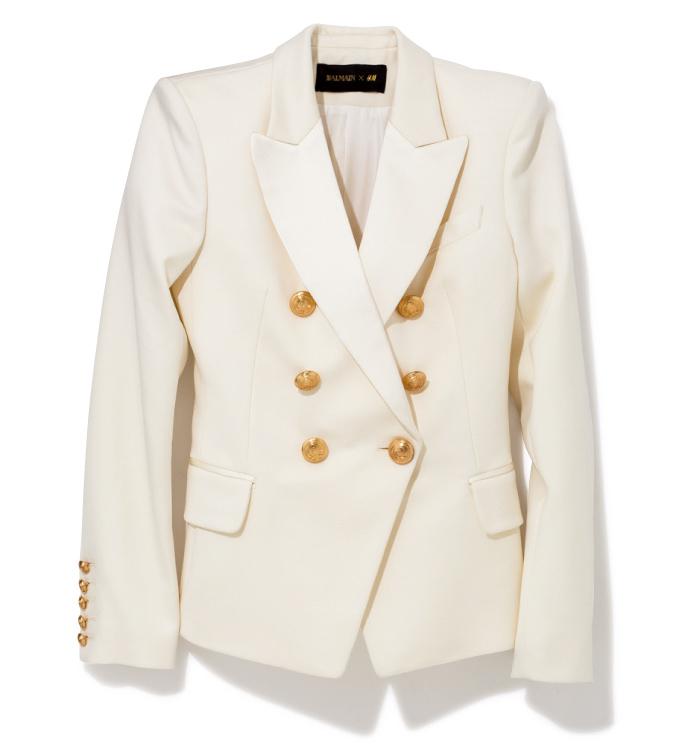 ホワイトジャケット ¥13,990(BALMAIN×H&M/H&M カスタマーサービス info.jp@hm.com)
