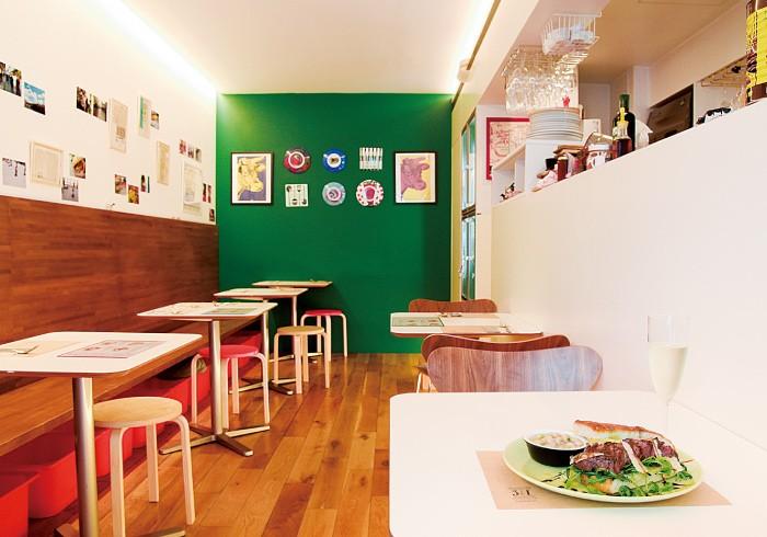 夜は「トラットリア29」として営業。昼は横内美穂シェフが店を切り盛りする。