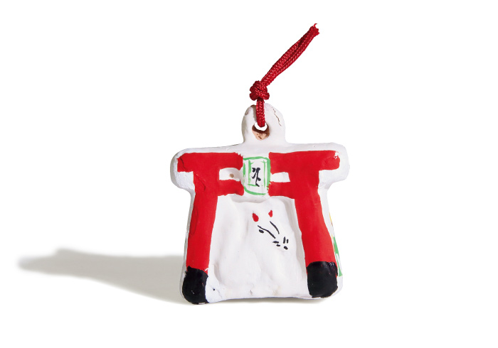 白狐の土鈴1,000円(源九郎稲荷神社☎0743・55・3830)。