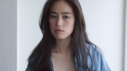 """ニッポン美人化計画 Mission 69: メイクをした顔に違和感があるという人に、""""飾らない""""という発想。素顔の雰囲気のまま、新たな一面を発見!"""