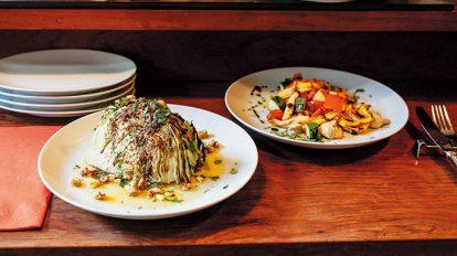 FOOD NEWS vol.96 犬養裕美子の今日、どこで何、食べる? 『Da Mau(ダ・マウ)』のキャベツの丸焼きと焼き野菜のマリネ