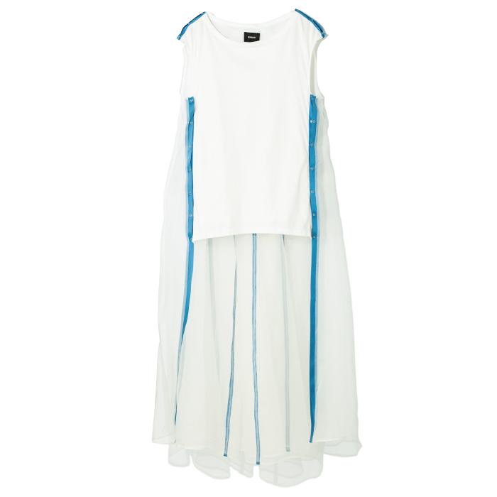 ドレス ¥39,000(アンソール/インコントロ☎03・5411・6526)