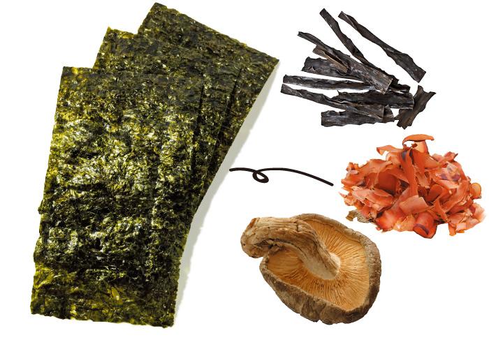昆布、鰹節、乾椎茸etc… 海にやさしく、カラダにもやさしく。