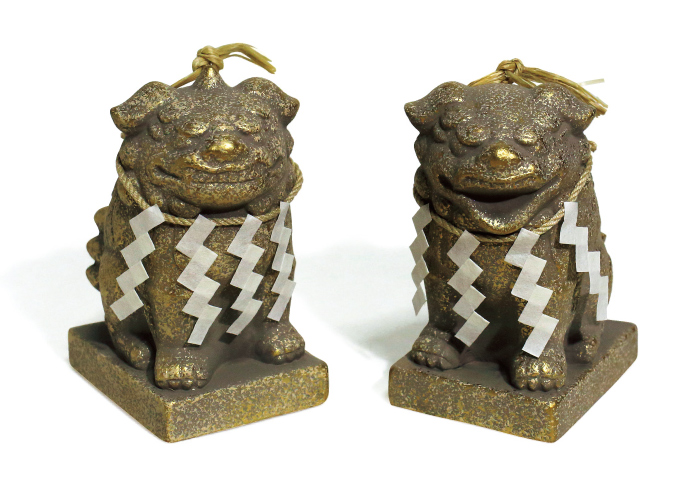 狛犬土鈴5,000円(堀越神社☎06・6771・9072)。