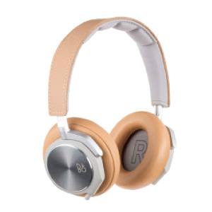 BeoPlay H6 MKⅡ 4万5278円。問 完実電気サポートセンター ☎03・3388・6838