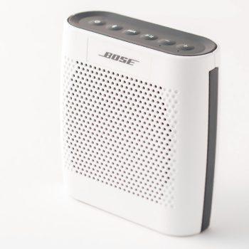 ボーズ サウンドリンク カラー Bluetooth スピーカー 1万5000円。問ボーズ ☎0570・080・021