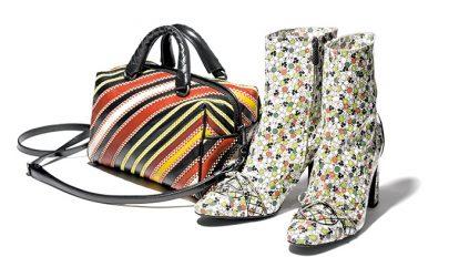 & selection 〈ボッテガ・ヴェネタ〉のレザーブーツ&バッグほか3点を紹介。