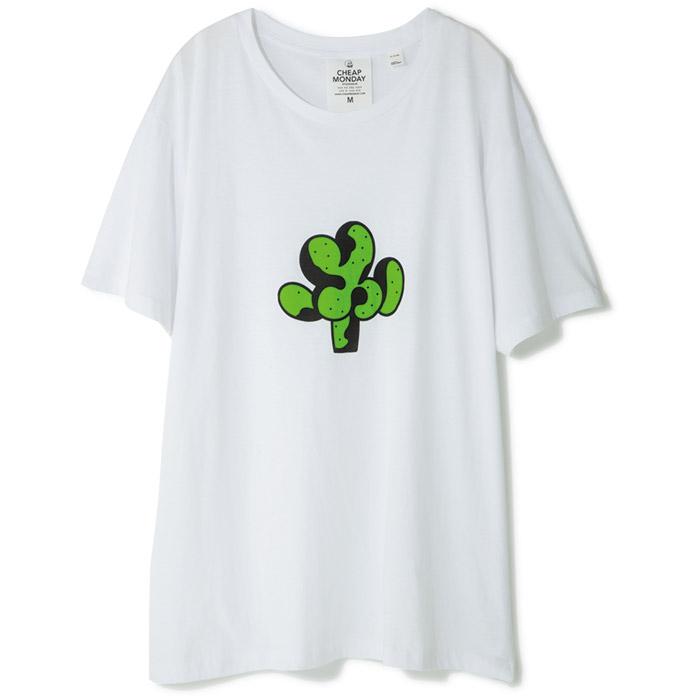 Tシャツ ¥3,000(チープマンデイ/ケイスリー オフィス☎03・3464・5357)