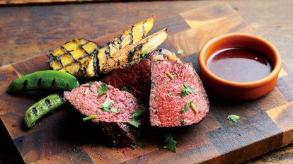 エネルギーチャージはやっぱり肉! 「焼き」「熟成」にこだわった注目の新店。