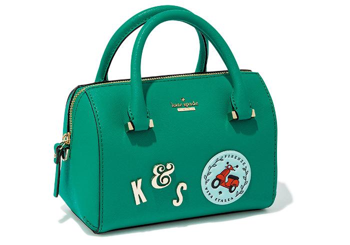 バッグ W21×H14×マチ10㎝¥36,000(ケイト・スペード ニューヨーク/ケイト・スペード ジャパン☎050・5578・9152)