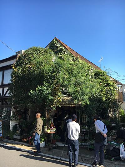 西荻窪のお花屋さんでロケをしました。