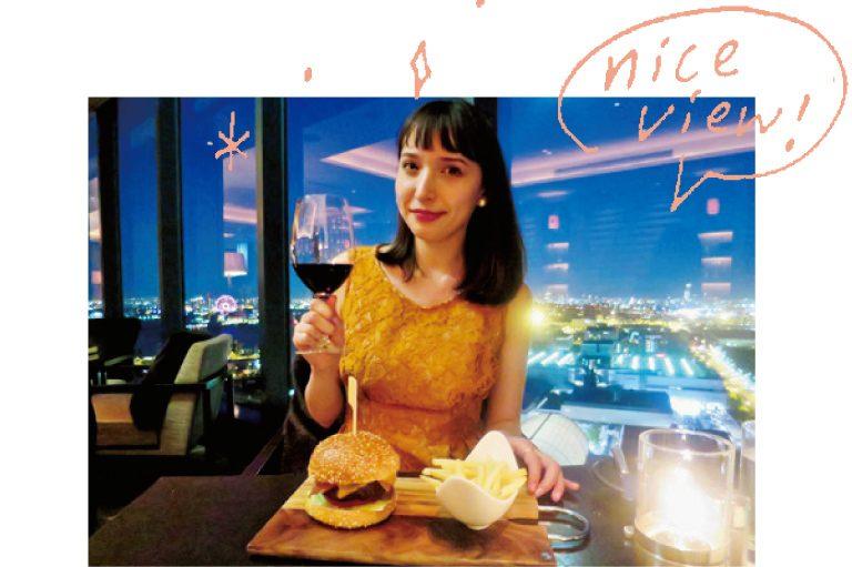 hn1136-labo-03夜はホテル最上階の〈ベイラウンジ&バー〉で、ソムリエおすすめのワインに舌鼓。港町ならではの夜景がとってもきれい!