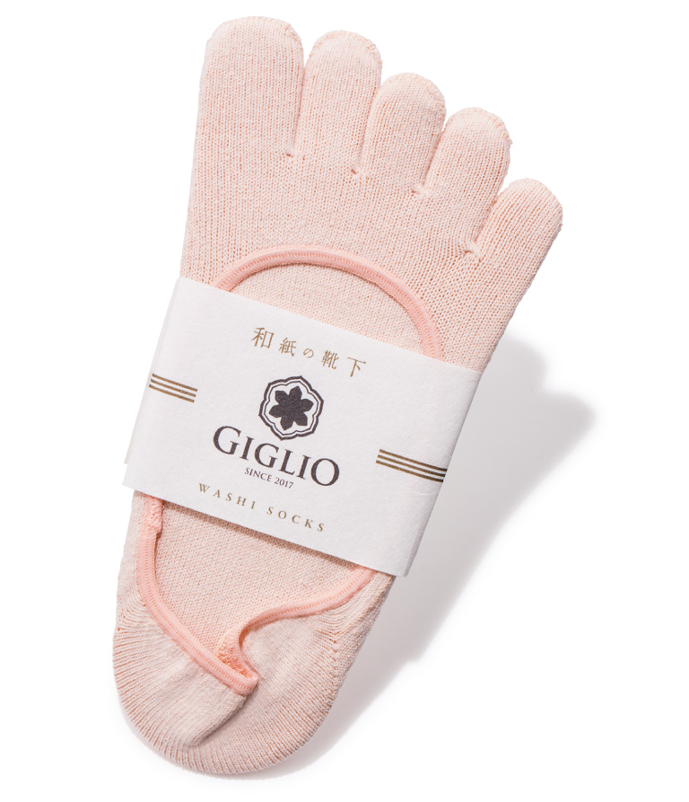 GIGLIO フットカバー 5本指 ¥1,950 Itoitex☎092・215・1937 http://www.itoitex.co.jp