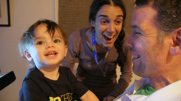 難病ALSを宣告されたスター選手が息子に贈るビデオダイアリー『ギフト 僕がきみに残せるもの』鑑賞券を3組6名に。