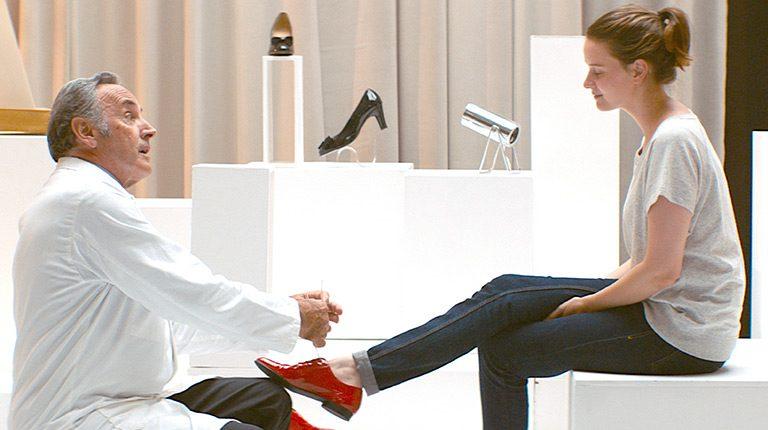 心躍るフレンチ・コメディ・ミュージカル『ジュリーと恋と靴工場』鑑賞券を3組6名に。