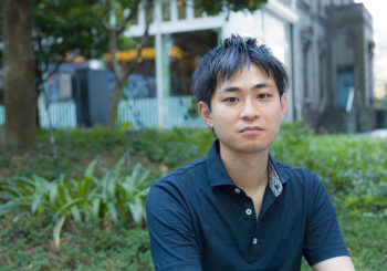 特集 : ショートショート〈1〉 瞬間のノスタルジアを物語に閉じ込める。田丸雅智さん、インタビュー。