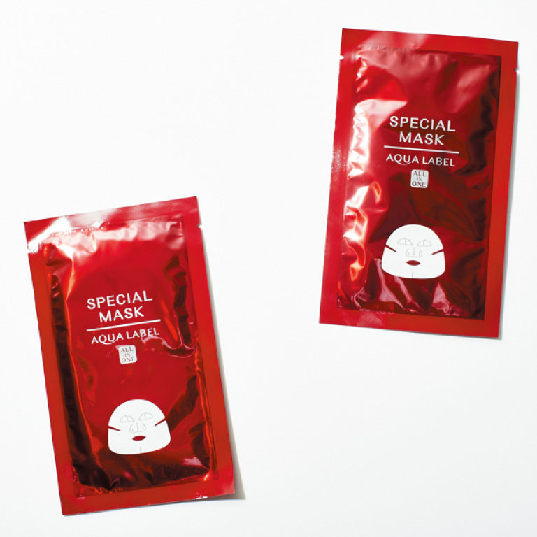 アクアレーベル スペシャルマスク 20㎖×4枚入り¥1,200*編集部調べ(資生堂☎0120・81・4710)