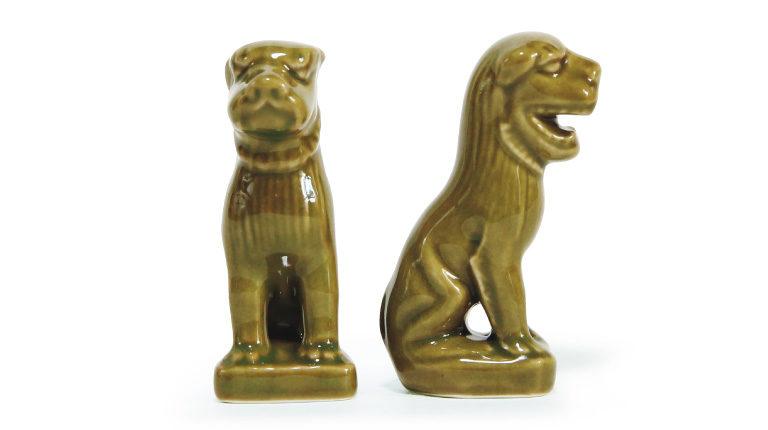 狛犬1,000円(香取神宮☎0478・57・3 211)。