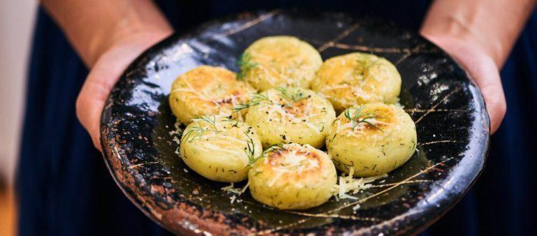 【北海道・しあわせチーズ工房『幸(さち)』ハードタイプ 】のアレンジレシピ「幸のじゃがいも団子」