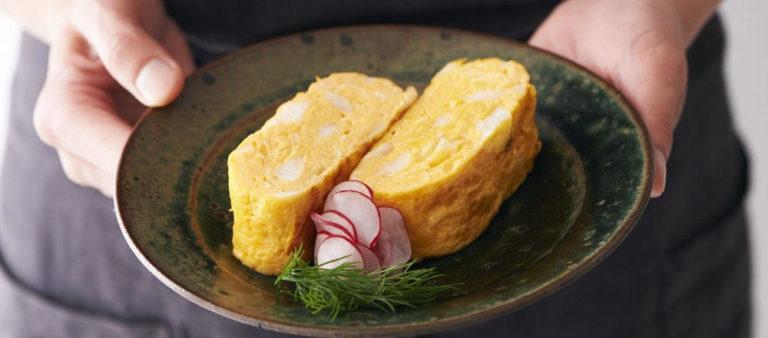 【隆兵そば 鰻ごぼう油煮】のアレンジレシピ 「鰻ごぼう油煮の卵焼き」