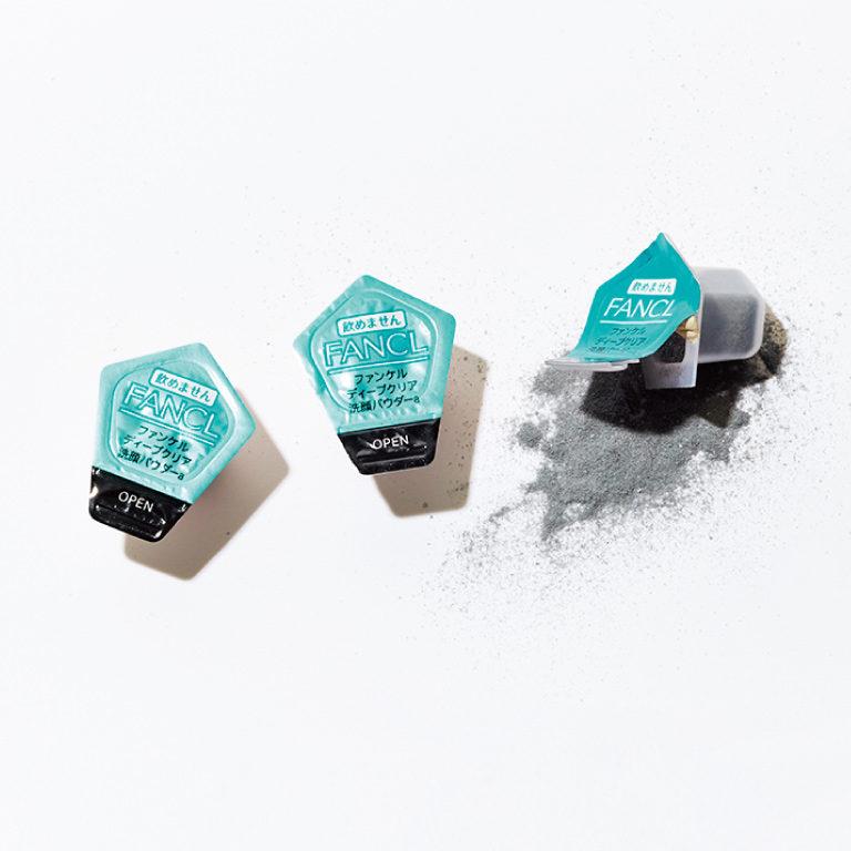 ディープクリア 洗顔パウダー 30個入り¥1,800 5/16発売(ファンケル☎0120・35・2222)
