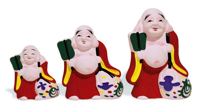 布袋尊1,000円〜(清荒神清澄寺☎0797・86・6641)。授与期間は毎年12月23日〜翌年2月5日。