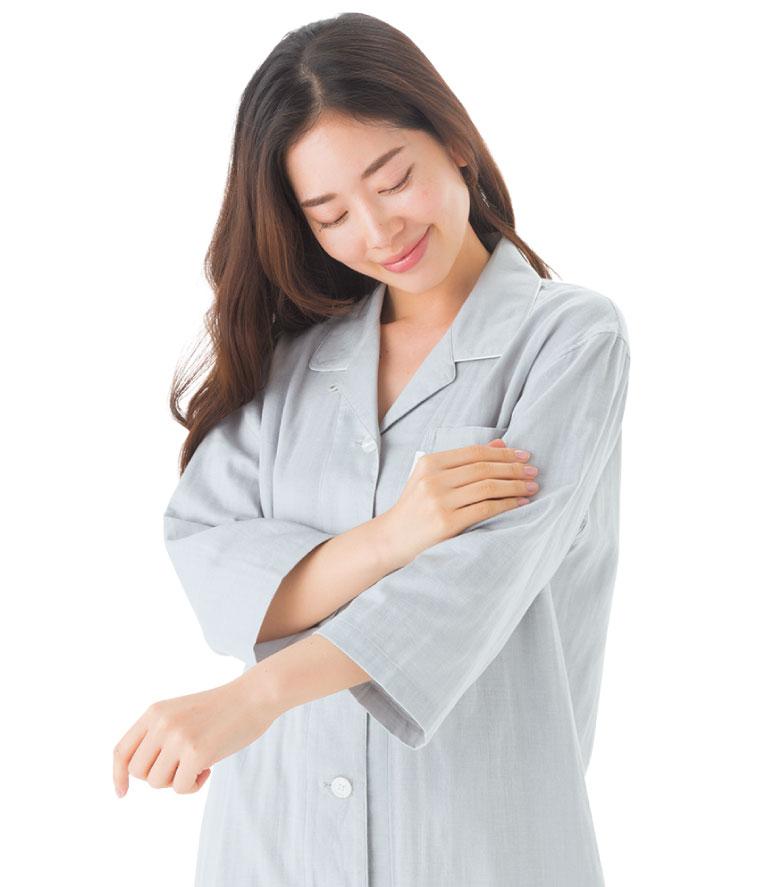 綿100%の2重ガーゼだから吸湿性&通気性も抜群。